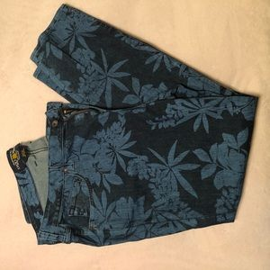 *Lucky Jeans Ginger skinny blue floral print jeans